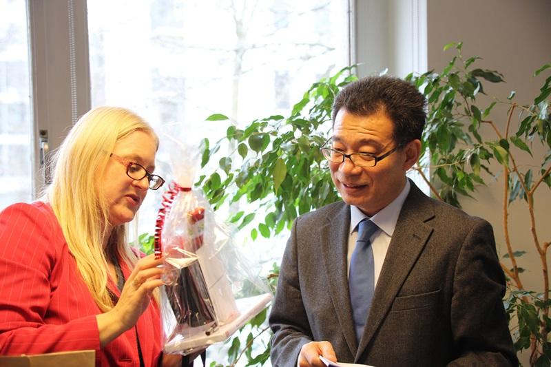 20170321-Besuch-Generalkonsul-WANG-Shunqing-Konfuzius-Institut-Frankfurt (5)