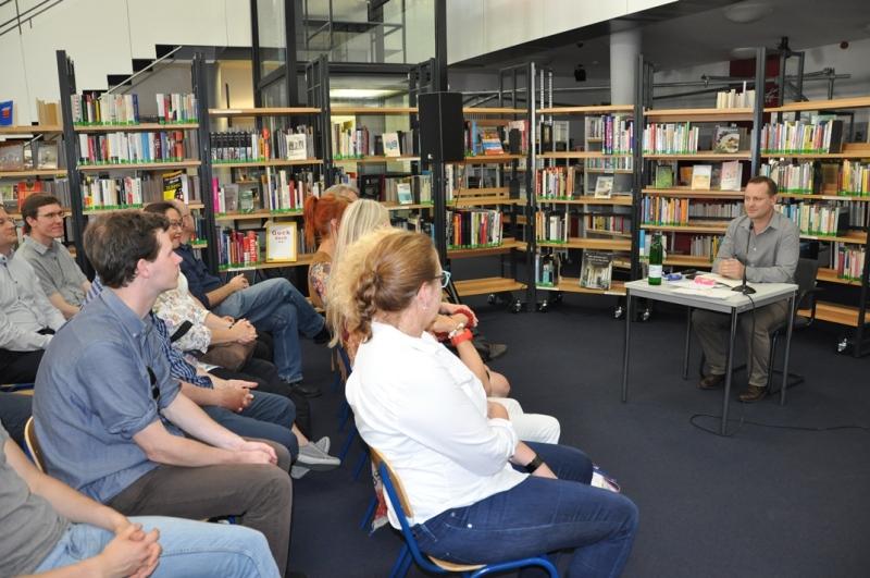 konfuzius-institut-frankfurt-chinesische-kultur-lesung-sven-haenke-hochzeit-9